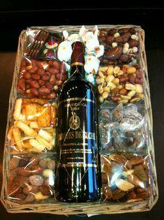Для мужчин Craft Gifts, Food Gifts, Wine Gifts, Hostess Gifts, Holiday Gifts, Gift Hampers, Wine Gift Baskets, Teacher Gifts, Creative Gifts