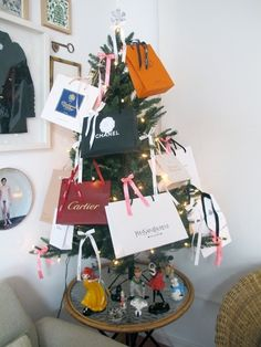 Christmas Tree by katelovesme.net  every woman want a tree like this..