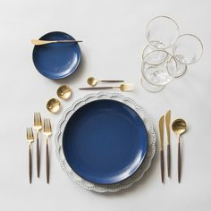 The Signature Collection Charger + Heath Ceramics in Moonstone + GOA 24K Gold Flatware + 14K Gold Salt Cellars + Chloe Gold Rimmed Stemware | Casa de Perrin Design Presentation