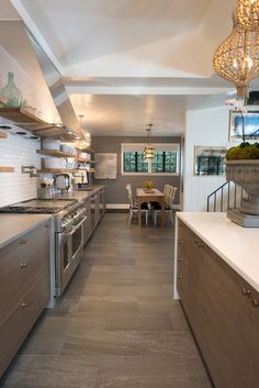 Plain front cabinets, kitchen along a line on back wall. House Proud, Dream Book, Decorating Tips, Modern Farmhouse, New Homes, House Design, Dream Kitchens, Flooring, Hyde Park