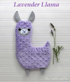 Lavender Llama, hot/cold plush tutorial - The Crafty Quilter Fabric Pen, Minky Fabric, Fabric Samples, Sewing For Kids, Baby Sewing, Fabric Crafts, Sewing Crafts, Tissu Minky, Quilting Tips