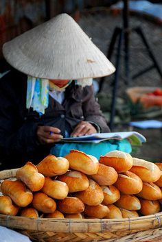 Bread vendors all over the streets of Vietnam  - Vacation Ideas