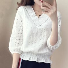 Season New Women's Slim Women's Small Shirt Super Fairy Inside The Bottom Of The Lace Shirt