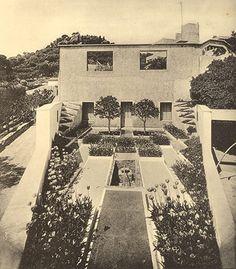 Villa Noailles, Hyéres, Gabriel Guévrékian, 1926-27, view south from apex.