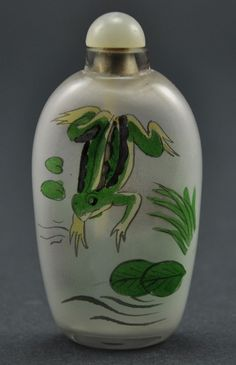 Vintage Chinese Glass Reverse Hand Paint Peking Snuff Bottle  - Frog