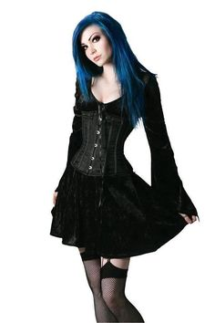 Your Cosplay Source Gothic Outfits, Gothic Dress, Gothic Lolita, Hot Goth Girls, Gothic Girls, Alternative Mode, Alternative Fashion, Goth Beauty, Dark Beauty