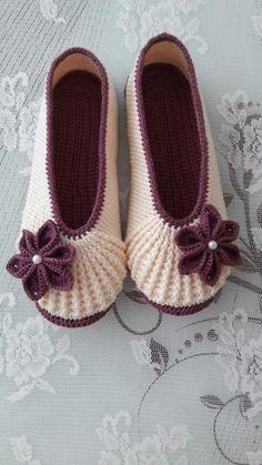 404 Not Found Crochet - Diy Crafts Crochet Boots, Crochet Clothes, Crochet Baby, Free Crochet, Knit Crochet, Knitting Socks, Baby Knitting, Knitting Patterns, Crochet Patterns