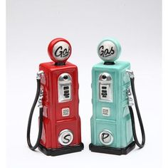 CosmosGifts Gas Salt and Pepper Set