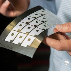 California-based startup, Imprint Energy, is developing flexible, rechargeable batteries that can be printed on commonly used industrial screen printers. The startup has been testing ultra thin zinc-polymer batteries in wrist-worn devices. Technology World, Futuristic Technology, Technology Design, Wearable Technology, Computer Technology, Technology Gadgets, Business Technology, Energy Technology, Latest Technology