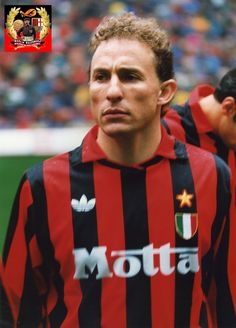 Football Icon, Retro Football, World Football, Jean Pierre Papin, Milan Wallpaper, Classic Football Shirts, Football Pictures, Action Poses, Ac Milan