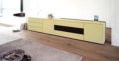 Spectral Ameno TV-Möbel creme in Wohnlandschaft bei Funkhaus Küchenmeister. Mehr Infos jederzeit auf unserer Website.