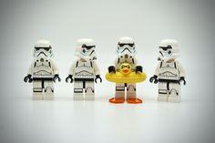 LEGO Stormtrooper Ballerina - Star Wars Stormtroopers - Ideas of Star Wars Stormtroopers - Star Wars Art, Lego Star Wars, Lego Humor, Christmas Facebook Cover, Lego Stormtrooper, Super Troopers, Star Wars Christmas, Lego Worlds, Cool Lego Creations