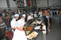 Yenişehir Belediyesi'nden 1200 Kişilik İftar Yemeği http://www.yenisehirgundem.com/yenisehir-belediyesinden-1200-kisilik-iftar-yemegi.html