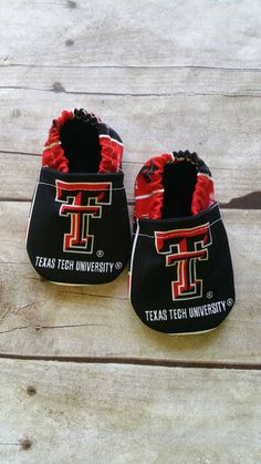 Check out this item in my Etsy shop https://www.etsy.com/listing/294100977/texas-tech-inspired-cloth-baby-booties