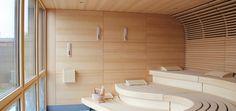 der-mensch-im-mittelpunkt_die-klafs-sauna-macht-den-hohen-qualitaetsanspruch-des-lio-schon-optisch-deutlich Modern Saunas, Infrarot Sauna, Sauna Design, Cold Shower, Ways To Relax, Minimalism, Spa, Luxury, Inspiration