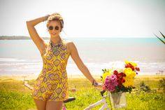 Luisa Meirelles para Avonts Rio #gypsy #boho #avonts #summer #kimono #fashion #editorial #cartagena #avonts #luisa meirelles #bohemian #macaquinho #yellow #print #estampa #bike