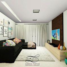 A sala foi projetada em tons neutros para que os moradores possam ousar nos móveis e na decoração. Iluminação indireta acima do sofá, através da sanca, para não ofuscar a vista enquanto se assiste à TV. #lorenatartasarquitetura #projetos #sala