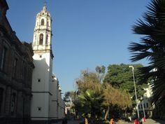 Convento de Regina Coelli En los últimos años del siglo XVI empezaron las fundaciones de conventos de monjas, ubicados siempre en las poblaciones de importancia. Constituyen uno de los tipos más característicos que podemos encontrar en la arquitectura del siglo XVII.