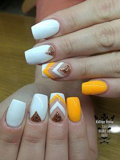 White - Orange linear nails   #nails #nailart #nailartforever #acrylicnails #whiteorange #lineargelpaint #nailsoftheday #fotooftheday #shinygel #nails2inspire #nailprodigy #warkwithlove #lovenails ##handmadenailartnena #trustthexperts #beautymakesmehappy   www.kalliopeveniou.gr