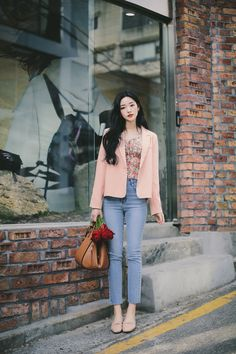 daily 2020 feminine& classy look Classy Aesthetic, Aesthetic Clothes, College Outfits, Office Outfits, Korean Casual Outfits, Girl Fashion, Womens Fashion, How To Look Classy, Stylish Girl