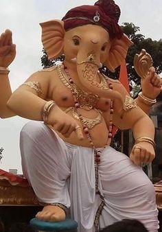 भगवान श्री गणेश की कृपा, बनी रहे आप हर दम; हर कार्य में सफलता मिले, जीवन में न आये कोई गम!  Detail Visit: http://www.ganaraya.in