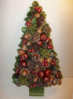 "Vintage Folk Art CHRISTMAS TREE Hand Crafted Natural ACORNS Plastic Grapes 21"""