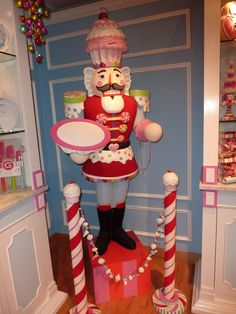 Captain Cupcake is one of my favourite Christmas creations. From the clever team at Glitterville. (Christmas Candy Display)