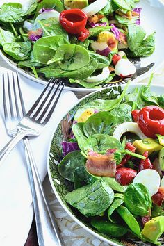 Spinach Cobb Salad. So beautiful!