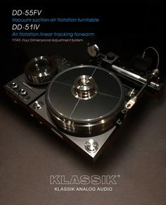 Mono and Stereo High-End Audio Magazine: Klassik Analog Audio Vacuum suction air flotation turntable Vintage Stereo Console, Audiophile Turntable, High End Turntables, Valve Amplifier, Recording Studio Design, At Home Movie Theater, Audio Room, Audio Sound, High End Audio