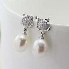 Sterling silver micro inlays CZ pearl Kitty cat stud earrings