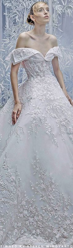 Stunning Wedding Dresses, Beautiful Gowns, Beautiful Bride, Bridal Elegance, Elegance Style, Bridal Gowns, Wedding Gowns, Michael Cinco, Fashion 2020