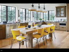 Check out this beautiful kitchen designed by interior designer Linda Engler! I like how the designer mixes a chunky reclaimed wood table wi. Studio Interior, Home Interior, Interior Design Kitchen, Kitchen Decor, Kitchen Ideas, Beautiful Kitchen Designs, Beautiful Kitchens, Beautiful Homes, Lakeside Cottage