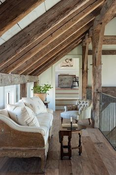 Rustic wood brings so much character to any space. We love how it's used in this charming reading loft designed by Loft Design, House Design, Attic Design, Reading Loft, Home Interior, Interior Design, Interior Architecture, Piece A Vivre, Home And Deco