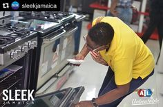 📸 @sleekjamaica with @repostapp #SLEEKLiveUpdate Shop great deals of up to 50%-off appliances, electronics, ACs and much more in store (ALL ATL branches - Kingston, Ocho Rios & Montego Bay) and online! #certifiedSLEEK #blackfridaysale #blackfriday #ATLunbeatable #clknetwork #homeappliance24 #kitchenappliances #cleaningappliances