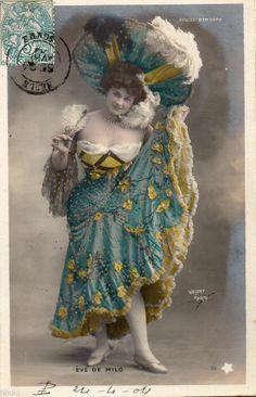 Vintage Photos Women, Photo Vintage, Vintage Images, Vintage Ladies, Vintage Gypsy, Mode Vintage, Vintage Beauty, Victorian Photos, Antique Photos