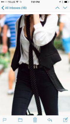 New York Fashion Week Street Style 48229c1bdffc