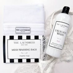 "Mildes Waschshampoo für Feine Wäsche ""The Laundress Delicate Wash"" How To Wash Silk, Delicate Wash, Wash Bags, That Way, Shampoo, Cleaning, Bullet Journal, Bffs, Mesh"