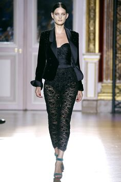 One of my favourite pieces, Zuhair Murad. Haute Couture Automne-Hiver 2012-2013 3