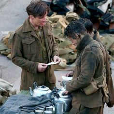 Harry & Cillian on the set of 'Dunkirk' in the UK - 28 July