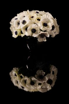 Show your BFF some L-O-V-E this Valentine's Day with white anemones by Eric Buterbaugh Flower Design! #GiftGuide