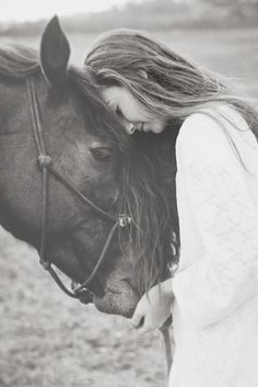 """""""Cavalier, quelque soi l'obstacle, jette ton coeur par dessus & ton cheval ira le chercher"""""""