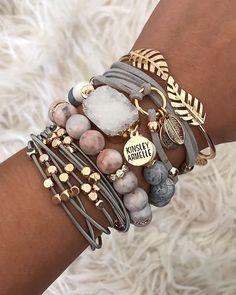 Rose Earrings, Felt Jewelry, Handmade Jewelry, Accessories, Gift By Hand - Custom Jewelry Ideas Druzy Jewelry, Stone Jewelry, Beaded Jewelry, Handmade Jewelry, Stone Beads, Jewellery Diy, Handmade Wire, Cute Bracelets, Fashion Bracelets