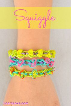 Rainbow Loom Squiggle Bracelet-this is an easy level design- tutorial by Emily from Loom Love. This is a great bracelet for people who are new to Rainbow Loom!