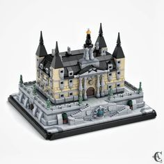"""Lego Micro Mocs on Instagram: """"FOLLOW 👉 @legomicro for more daily amazing LEGO Micro MOCs, Inspiration & Ideas 💭‼️ - - Love it! """"Renaissance Mansion - 1435 Pieces. A…"""" Lego Mansion, Micro Lego, Lego Construction, Lego Castle, Lego Room, Lego Worlds, Cool Lego Creations, Renaissance, Lego Architecture"""