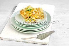 Η συγκλονιστική κοτόπιτα της Αργυρώς! Food Categories, Tzatziki, Greek Recipes, Ratatouille, Bbq, Pizza, Cooking Recipes, Eggs, Favorite Recipes