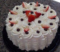 Whipped cream for warm weather Chocolate Garnishes, Pastel Cakes, Cake Tutorial, Love Cake, Creative Cakes, Mini Cakes, Amazing Cakes, Baking Recipes, Delicious Desserts