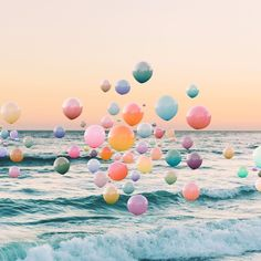 There's a party over the ocean. : Nicholas Scarpinato (@nicholasscarpinato) -- #photography #oceanphotography #surrealphoto #balloons #balloonphoto #partyphoto
