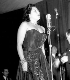 "In 1951, Nilla Pizzi won the first edition of the Sanremo Italian Song Festival with ""Grazie dei fiori"" [Thanks for the Flowers]. In the early years, each singer could take part in the Sanremo Festival with more than one song. In 1952 (in the picture), Nilla Pizzi took part in it with the songs ""Vola colomba"" [Fly Dove], ""Papaveri e papere"" [Poppies and Ducks] and ""Una donna prega"" [A Woman Prays] , with which she won respectevely the first, the second and the third places."