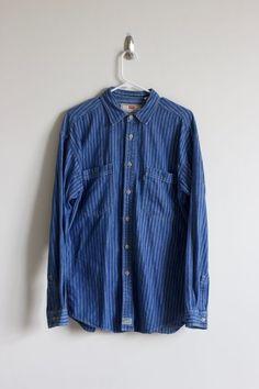 Levi's Conductor Stripe Denim Shirt Sz M (Tailored Slim Fit) Chambray Vintage #Levis #ButtonFront