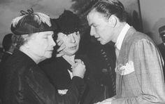 Helen Keller with Frank Sinatra in 1944.